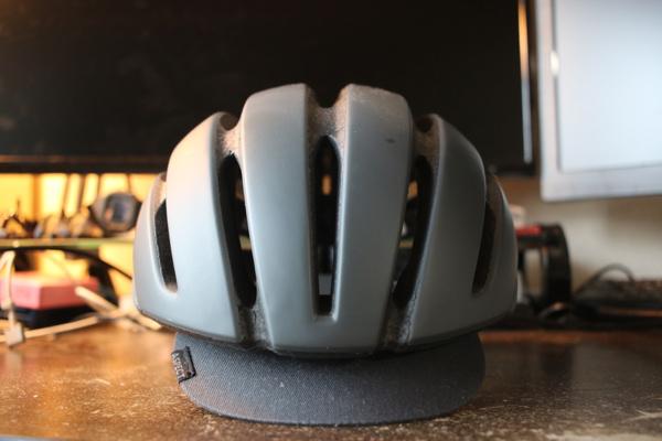 GIROのヘルメットAspect真正面の外観