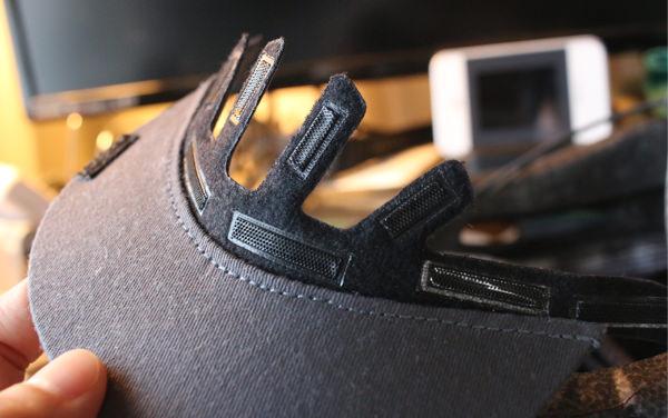GIROのヘルメットAspectのツバのマジックテープ部分