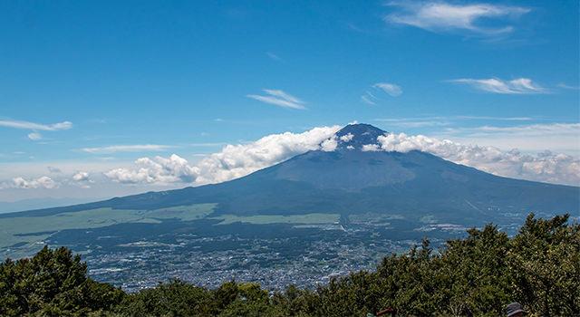 金時山登頂記事のアイキャッチ