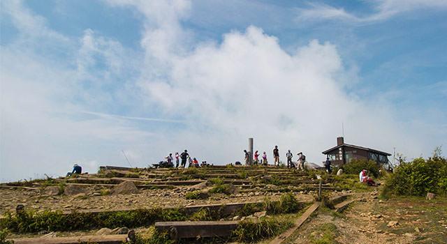 塔ノ岳の登山記事のアイキャッチ