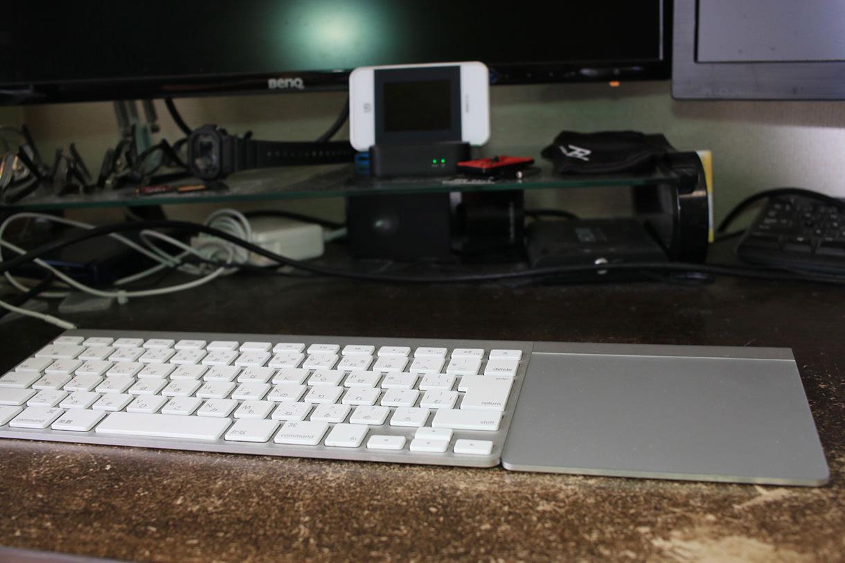 Macの外付けキーボードとトラックパッド