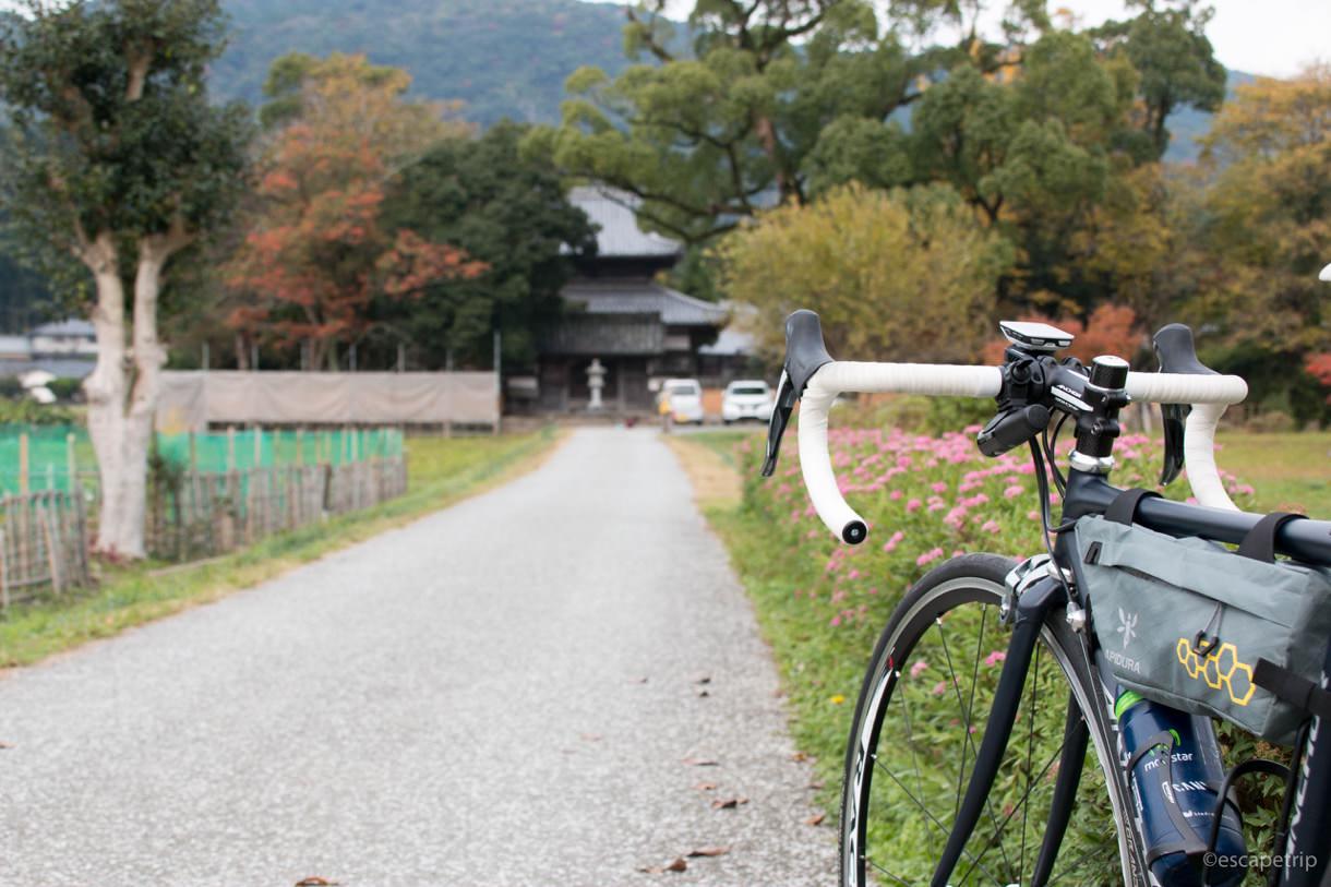 ロードバイクで太宰府天満宮に向かう道すがら