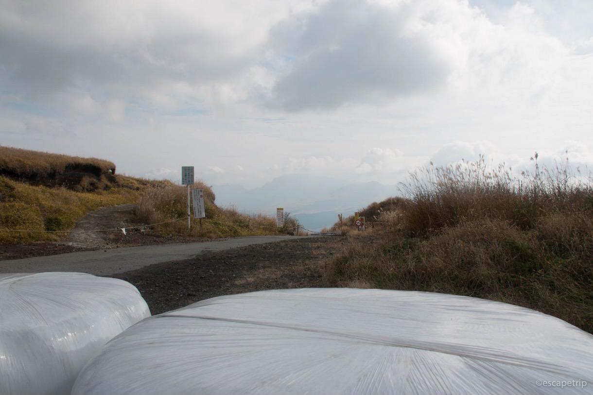 土嚢の向こう側の景色