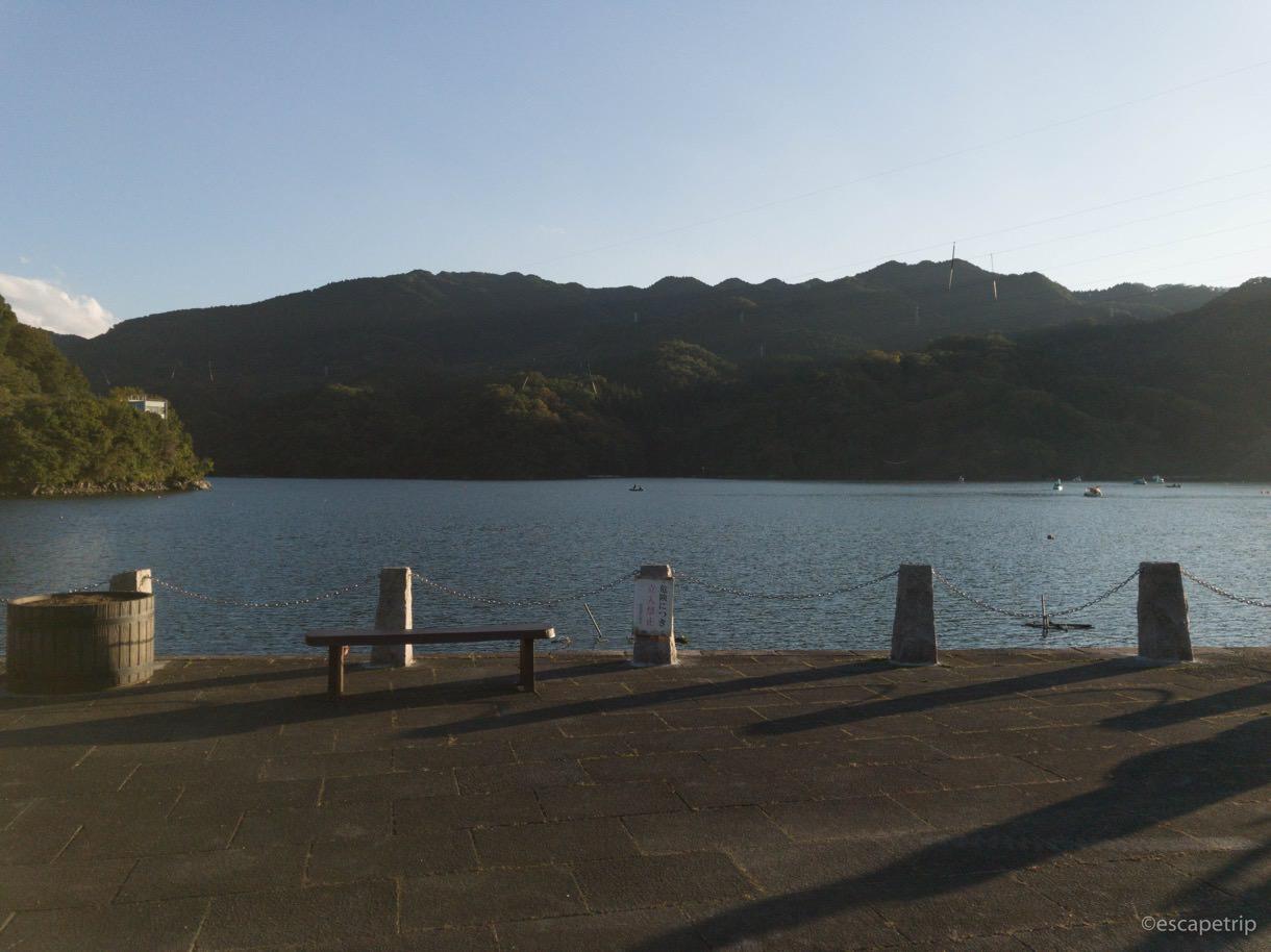 相模湖の広場の様子
