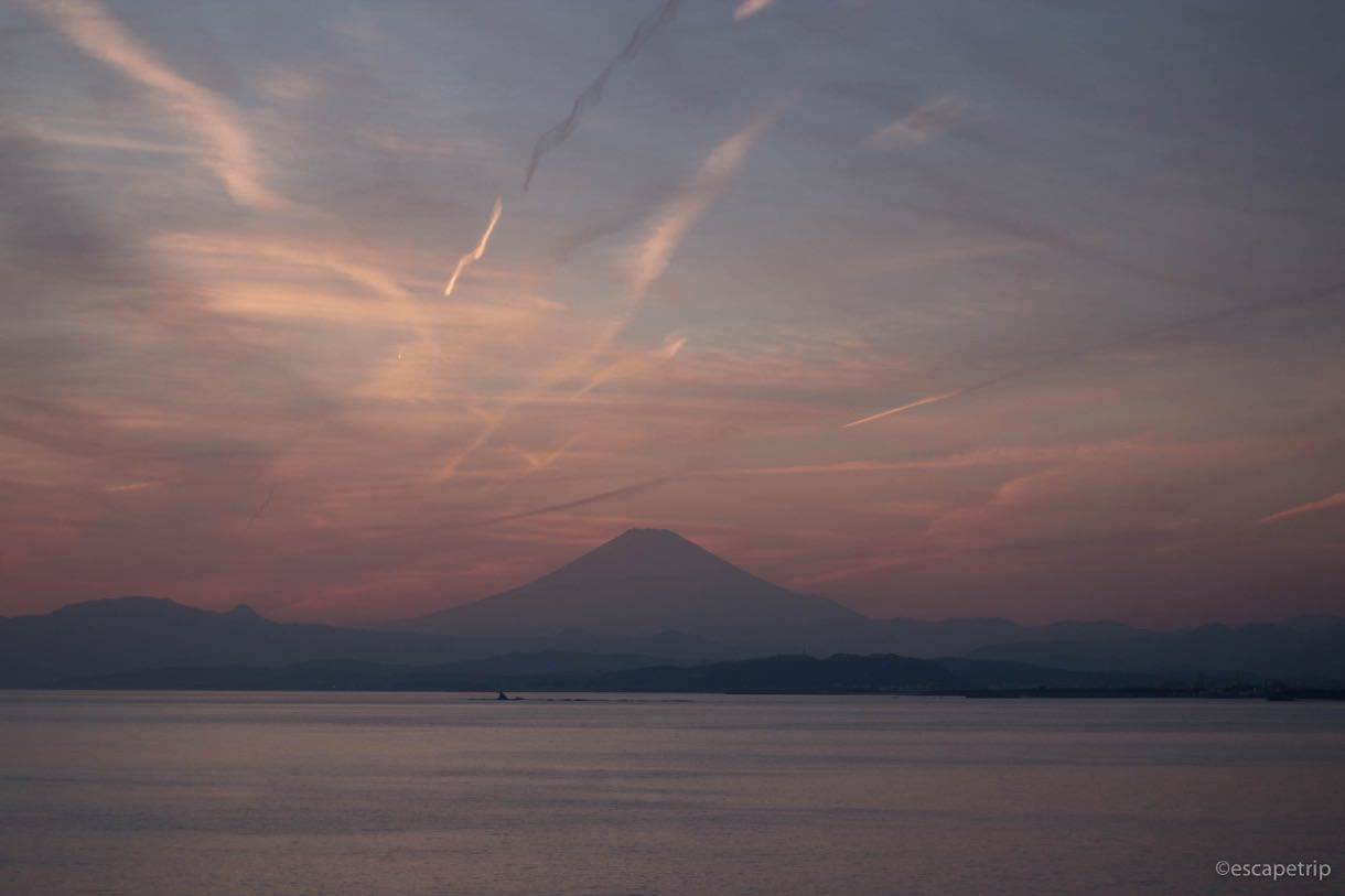 江ノ島から見える富士山と夕焼け