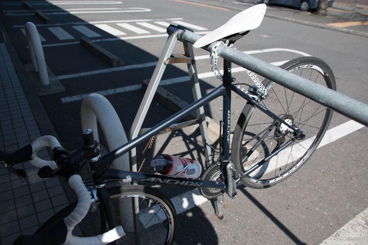 コンビニに設置された自転車ラック