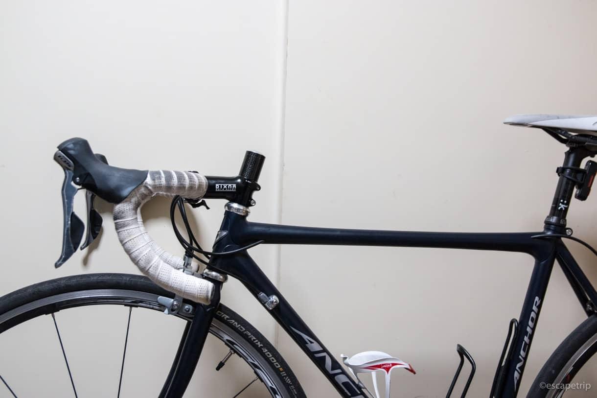 ディズナのステムを取り付けたロードバイク