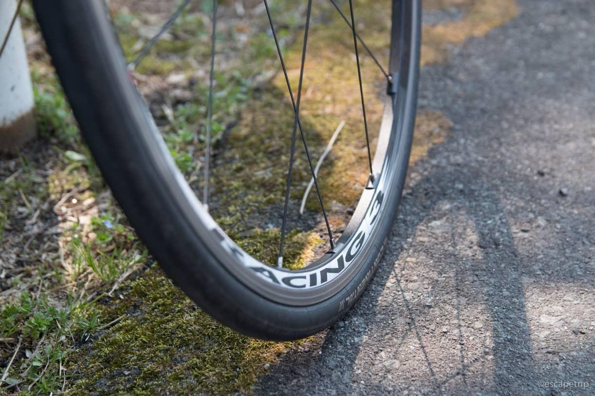 ロードバイクのホイールとタイヤ