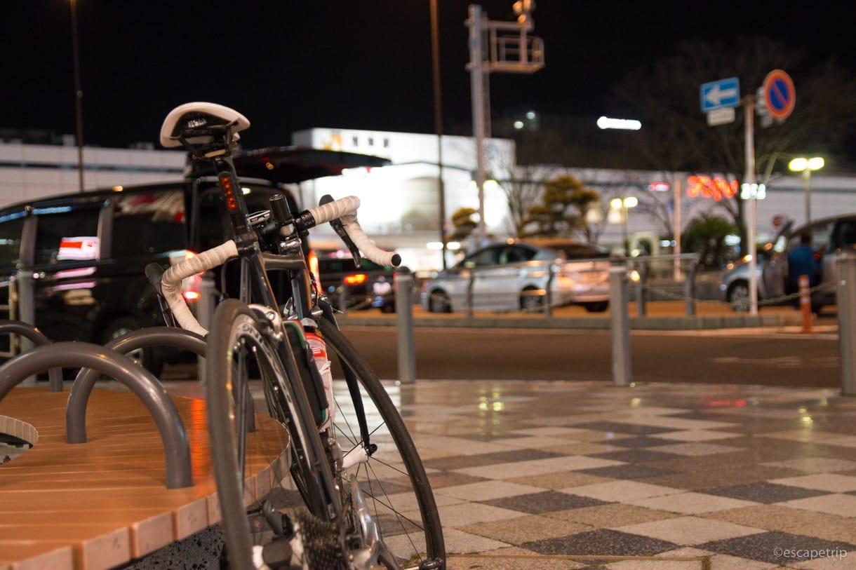 沼津駅前のロードバイク