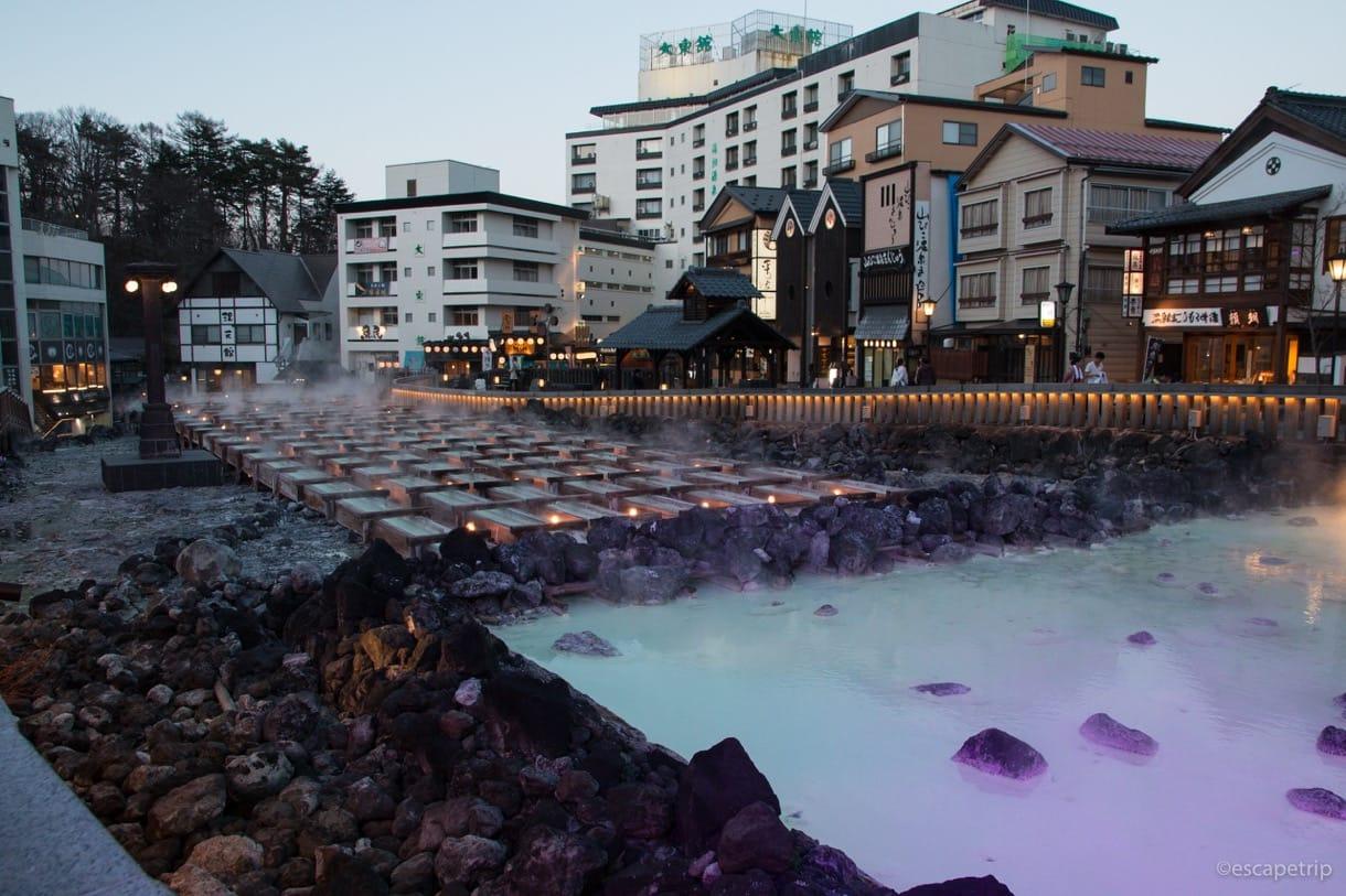草津温泉の湯畑