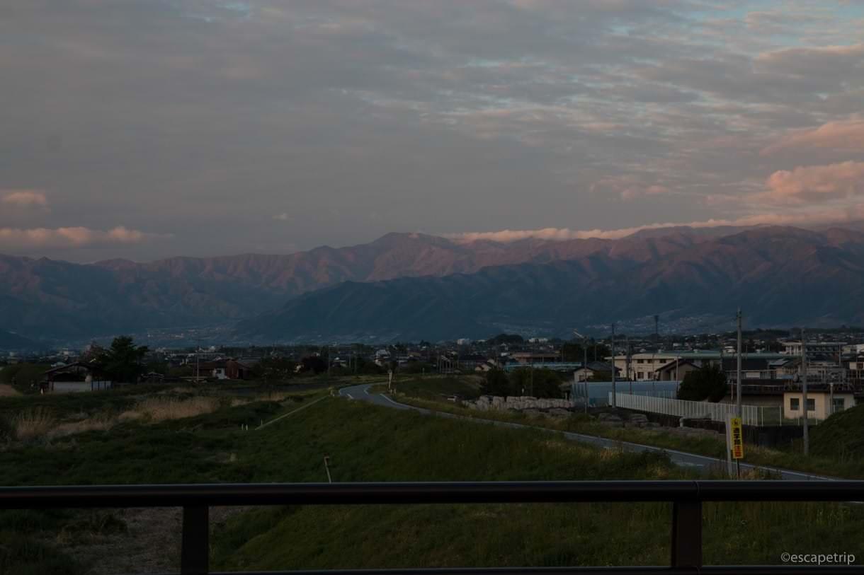 山梨県から見える山々