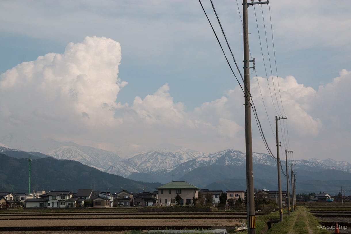 富山からのぞむアルプス