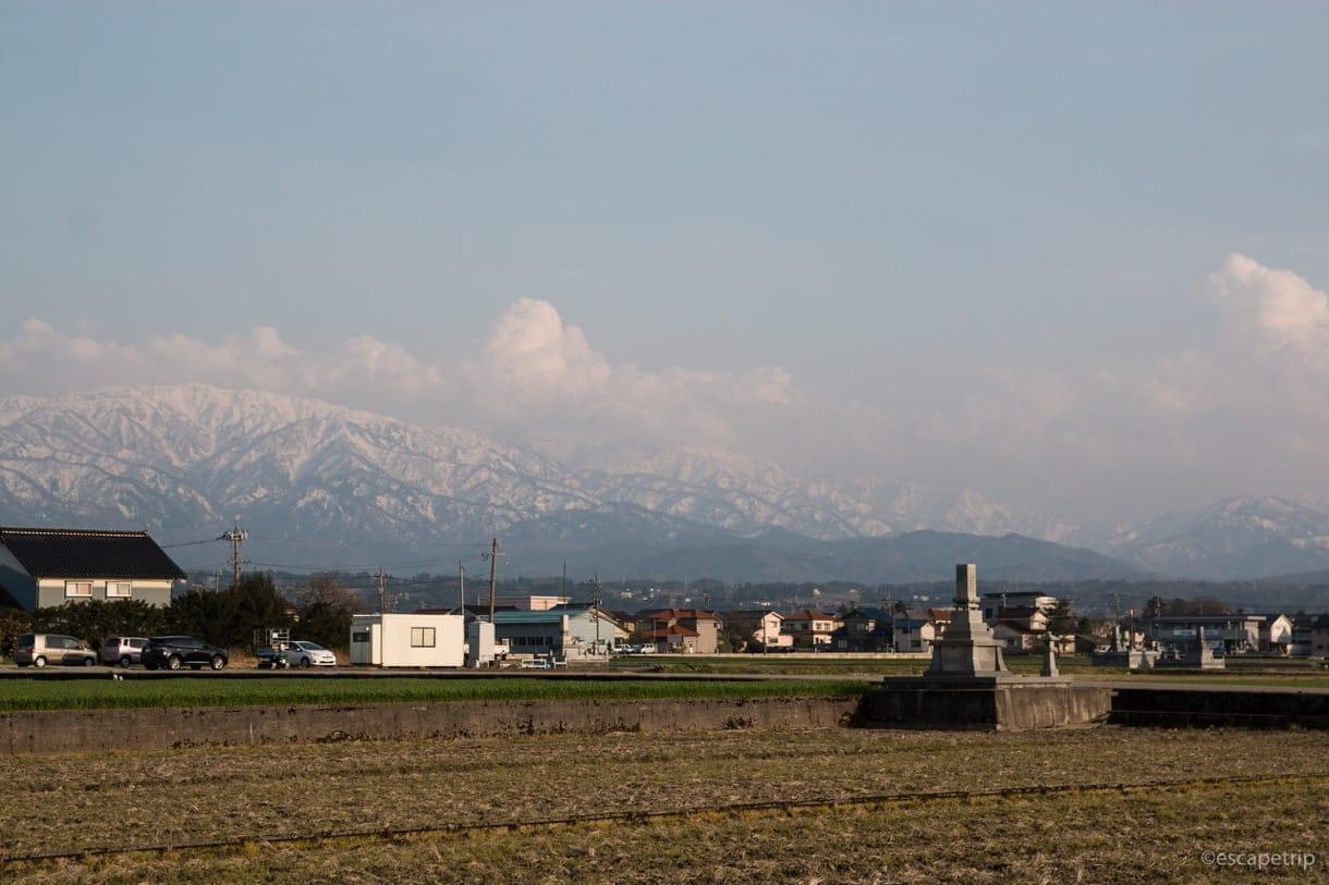 富山側から見る北アルプス