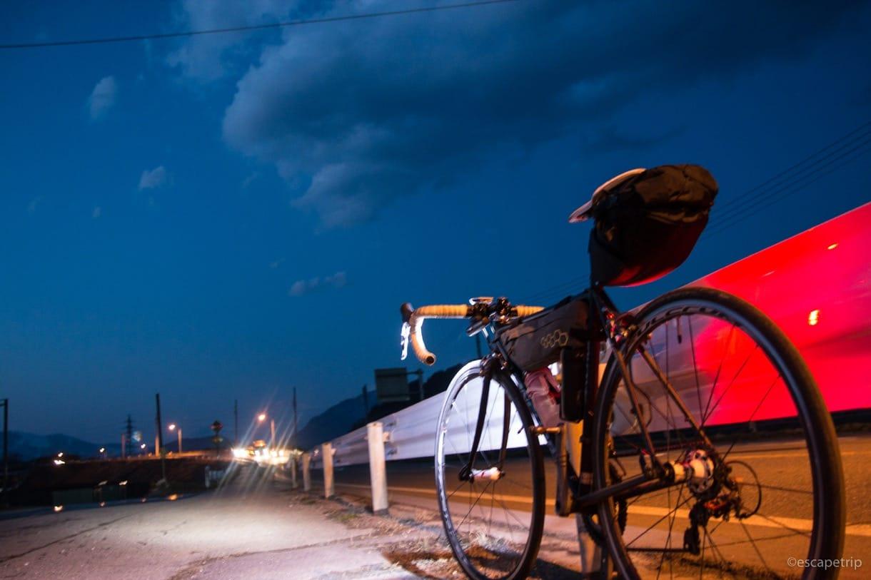 白馬村に向かうロードバイク