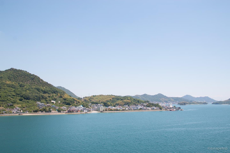 瀬戸内海の青のグラデーション