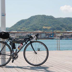 瀬戸内海とロードバイク