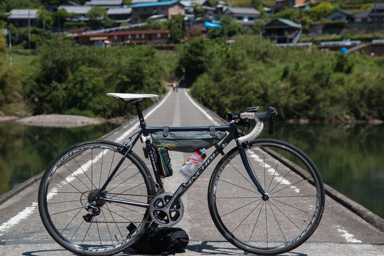 沈下橋とロードバイク