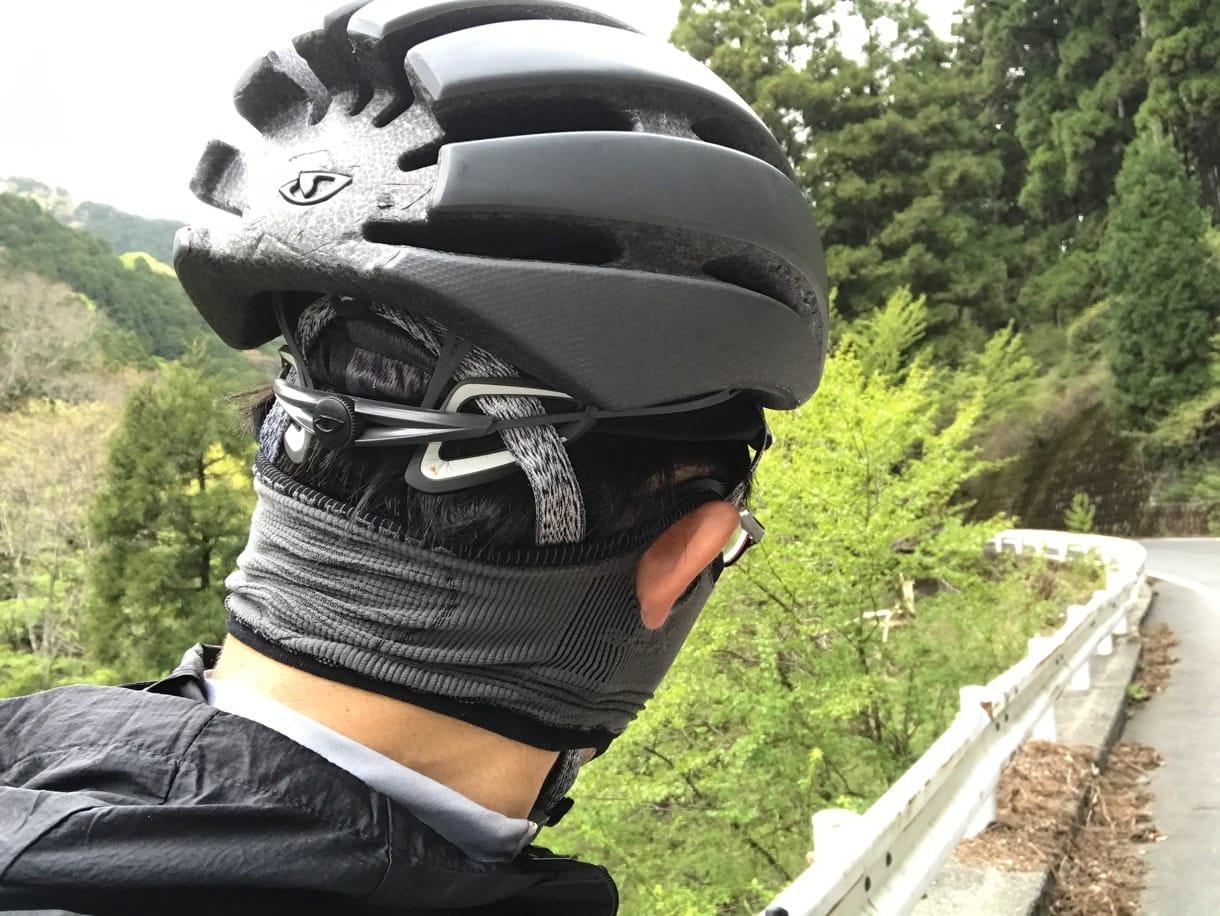 スポーツ用マスク着用時を後ろから見た図
