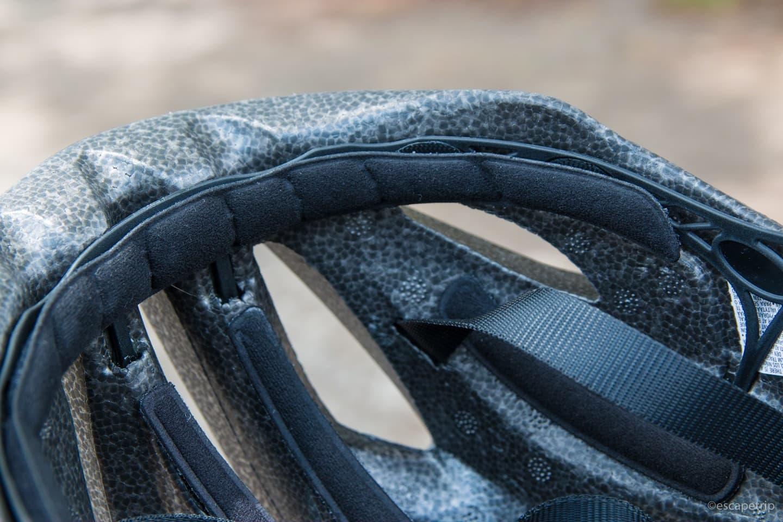 ヘルメット内側の緩衝材