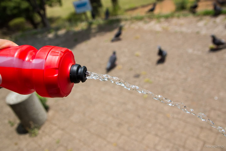 ボトルの水の出具合い