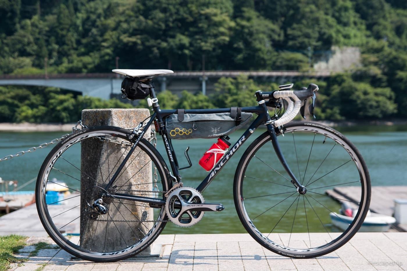 相模湖とロードバイク