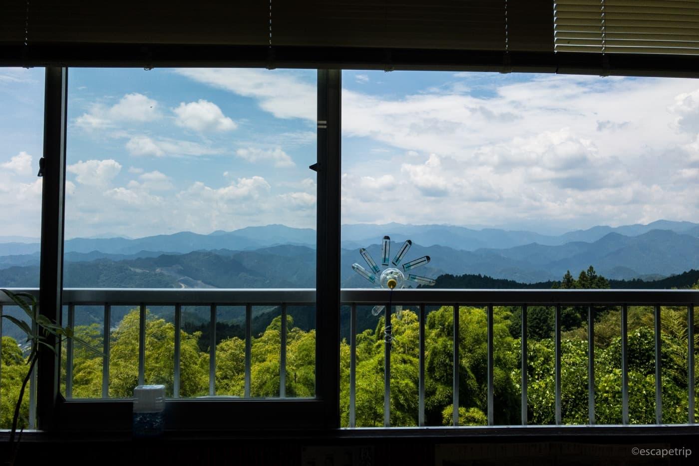 顔振峠の茶屋からの眺め