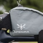 アピデュラの「トップチューブバッグ」。よく使う荷物を突っ込める、使い勝手のいい小物バッグでした