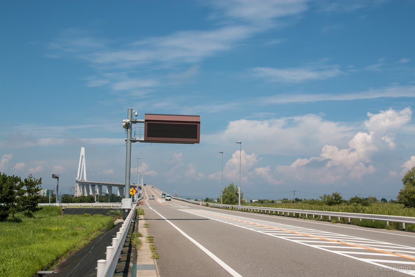富山県の新湊大橋