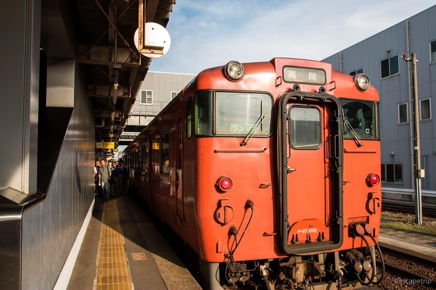 城端線の列車