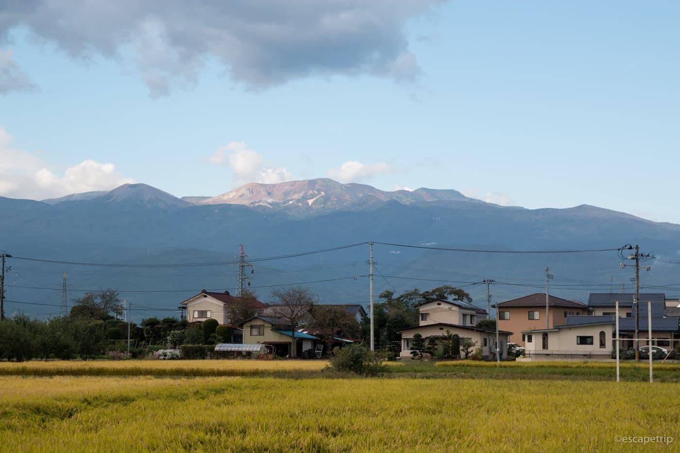 福島の山が見えてきた