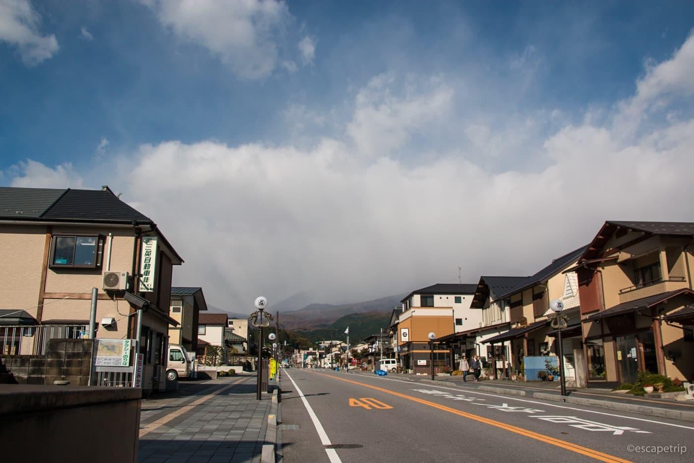 先行き不安な雲