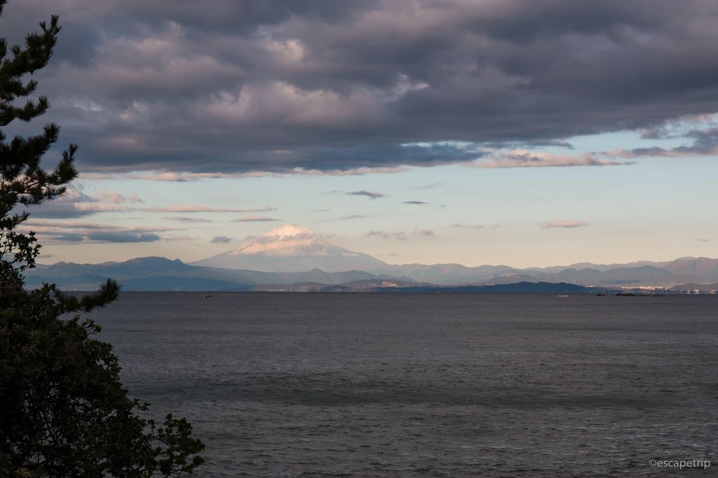 三浦半島から見る富士山