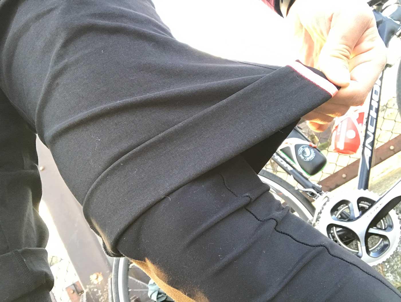 ラファの短パン「Randonnee Shorts」のストレッチ性