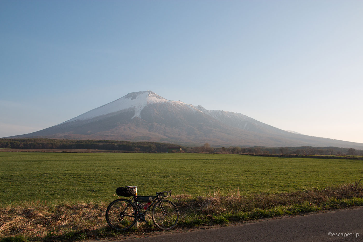 岩手山とロードバイク