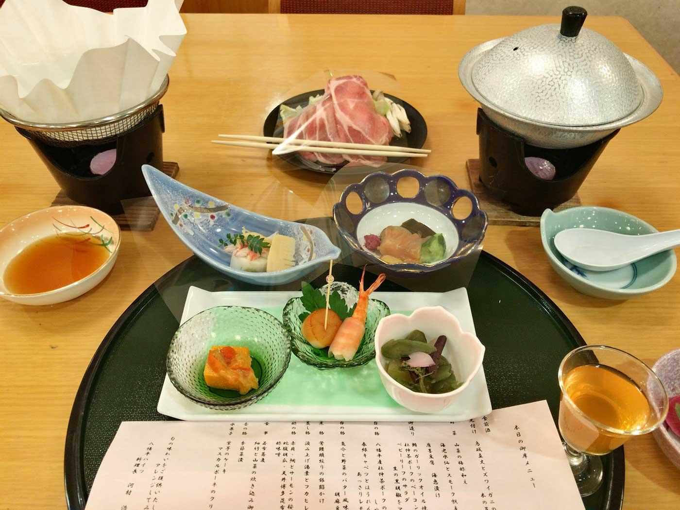 温泉宿の食事