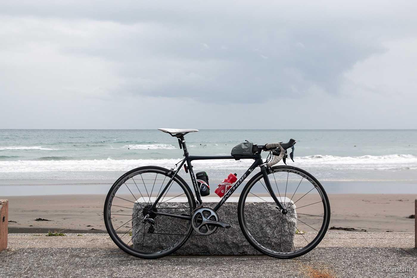 南房総から見る海とロードバイク