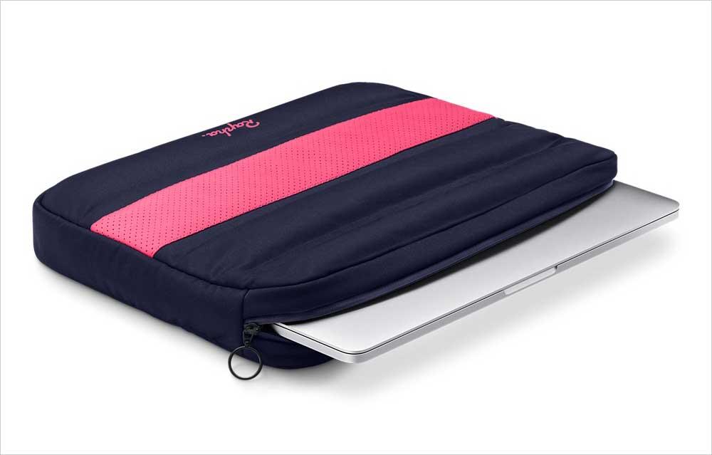 ラファとAppleコラボのMacBook Pro用スリーブケース