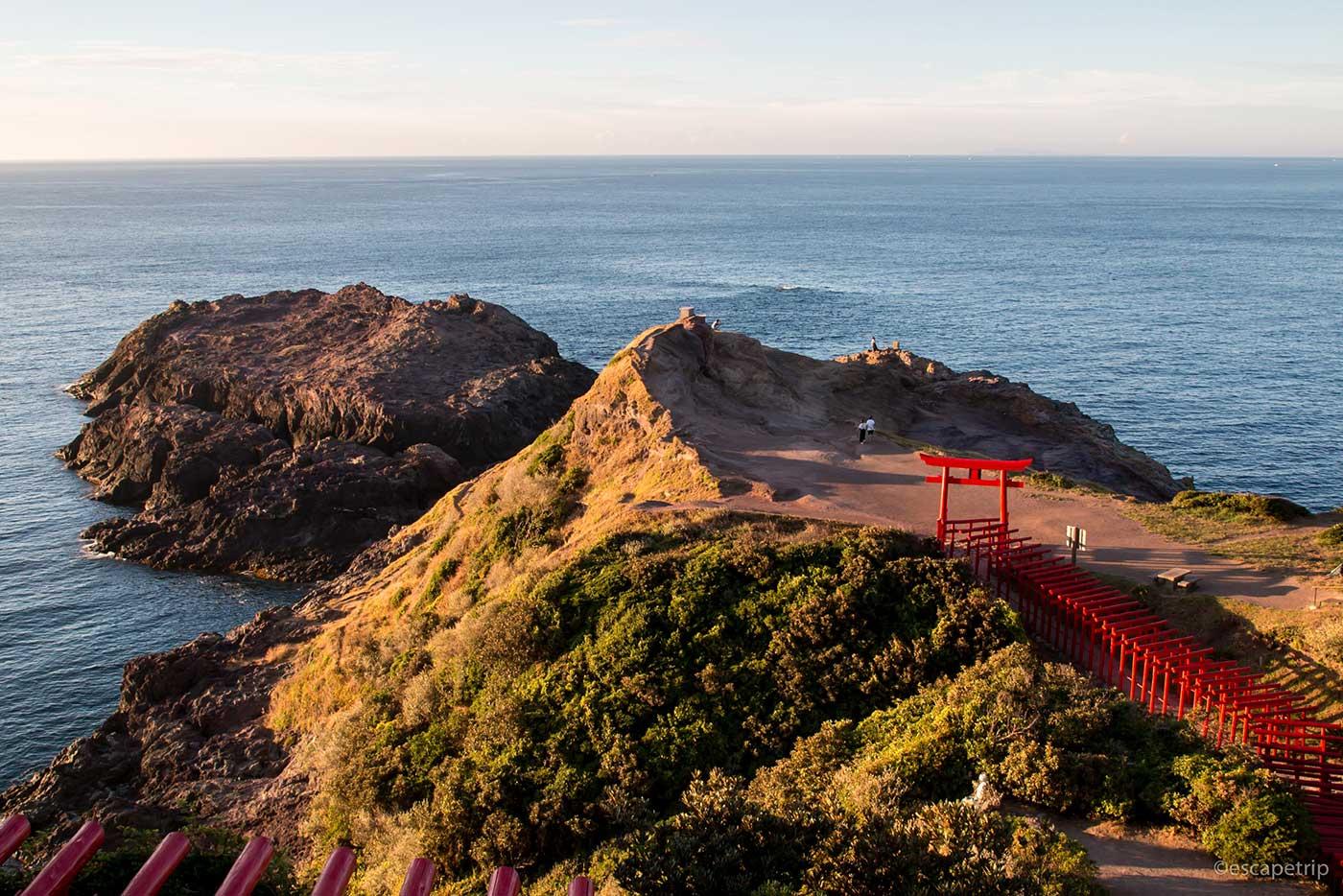 元乃隅稲成神社の先の半島