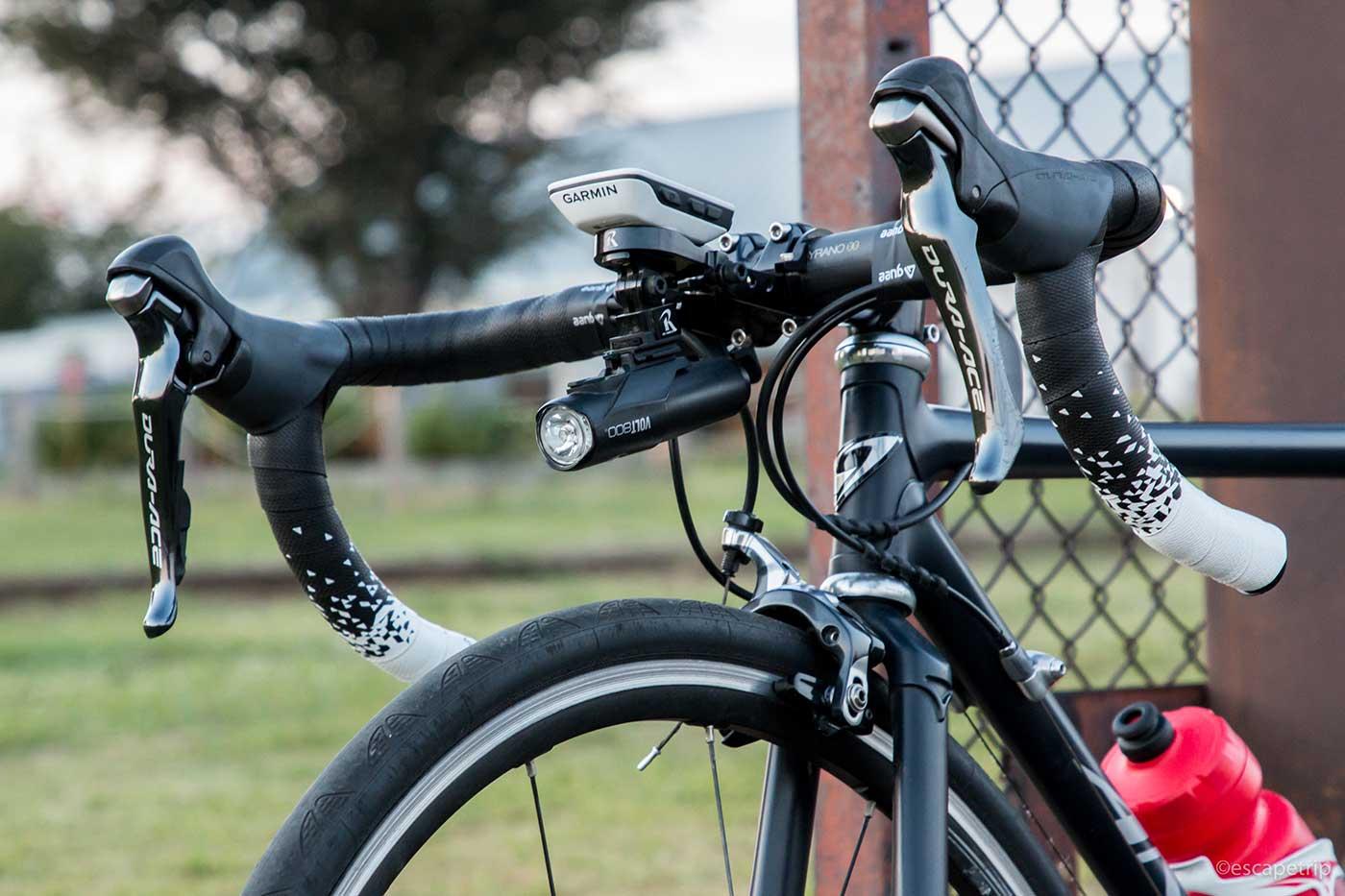 ロードバイクのハンドル部分