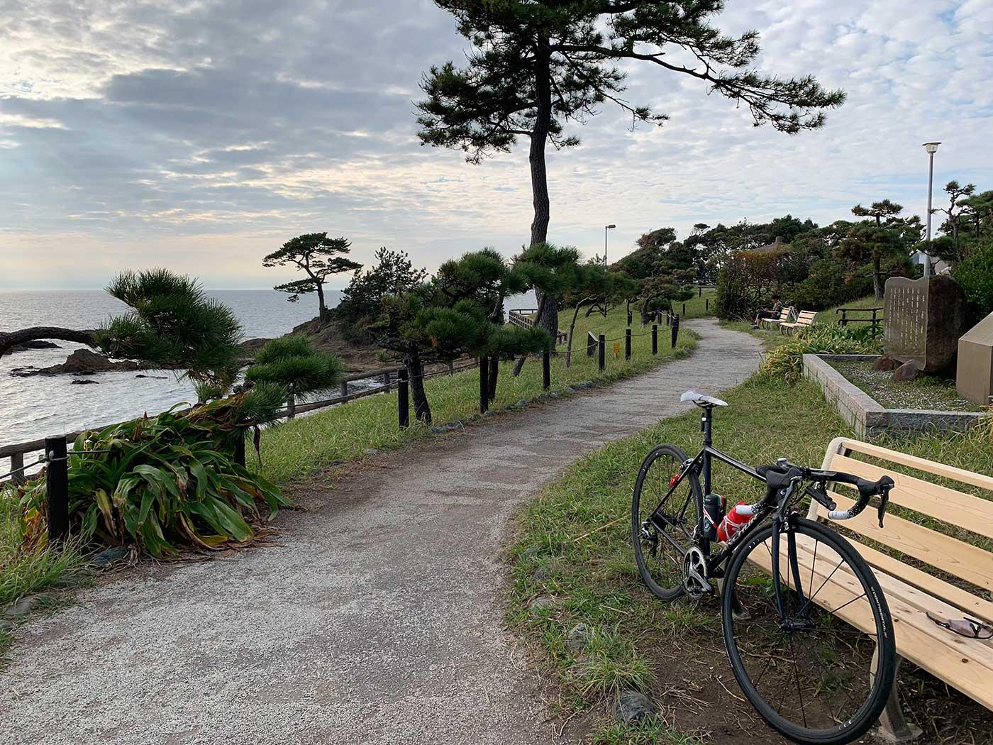 立石公園とロードバイク