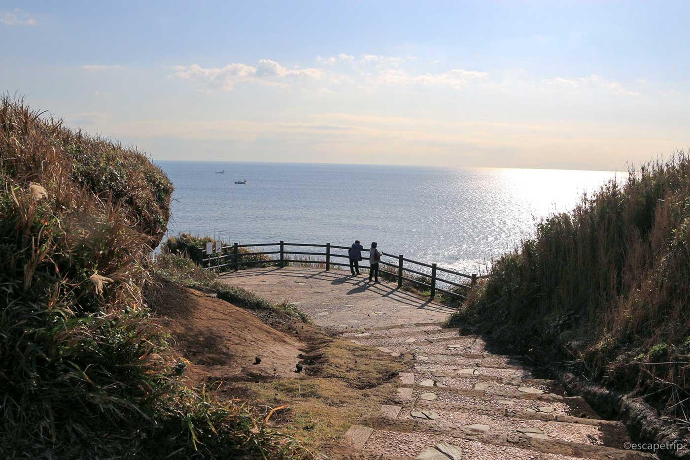 城ヶ島公園と海