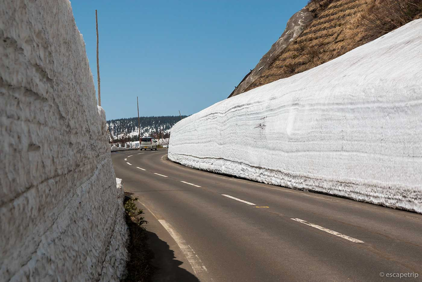 八幡平アスピーテラインの雪の回廊その2