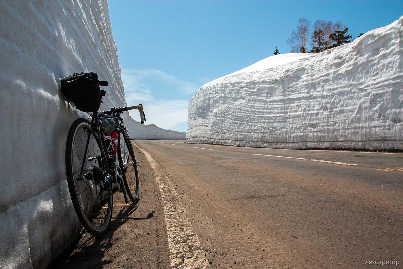 八幡平アスピーテラインの雪の回廊その3