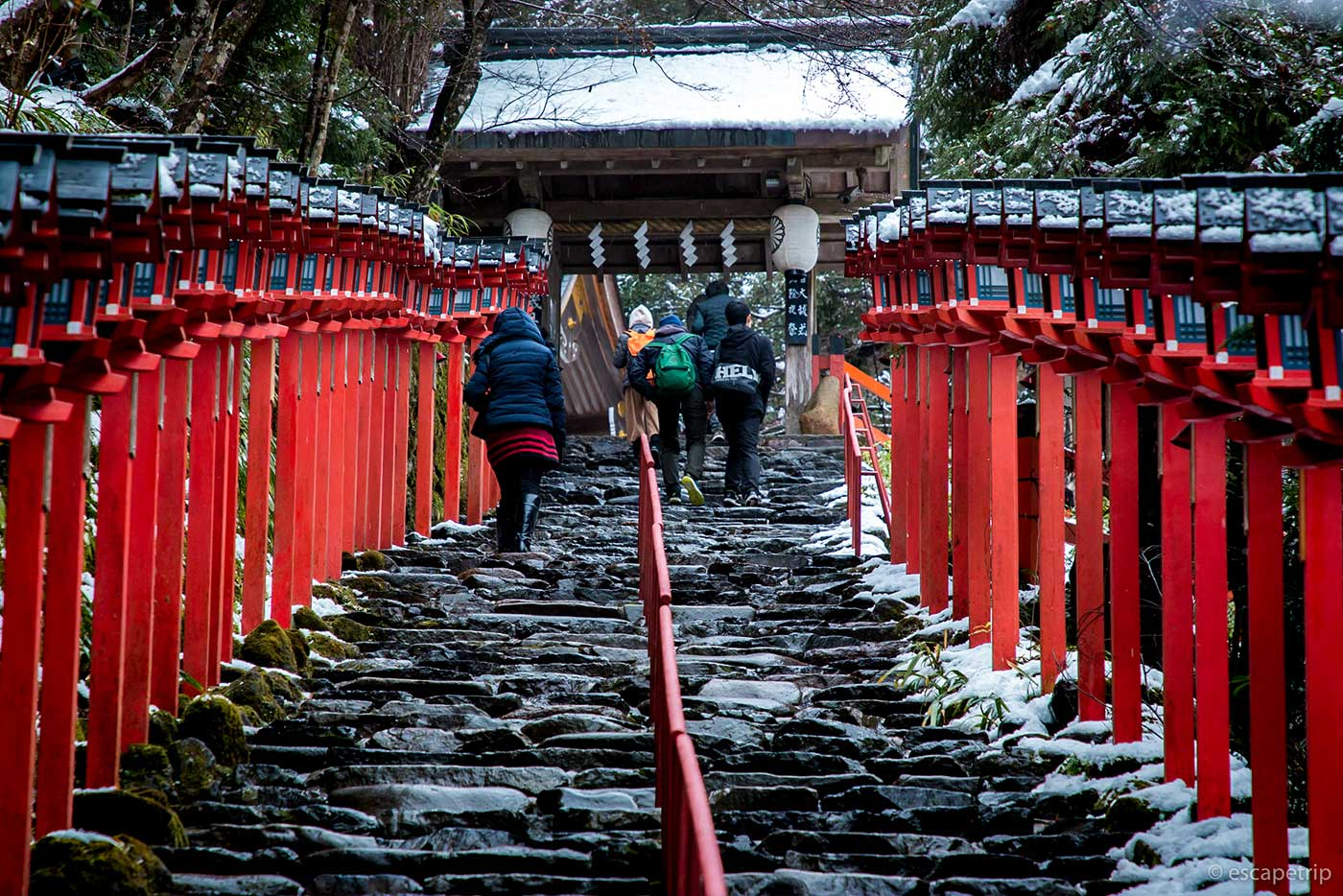 貴船神社の表参道石段
