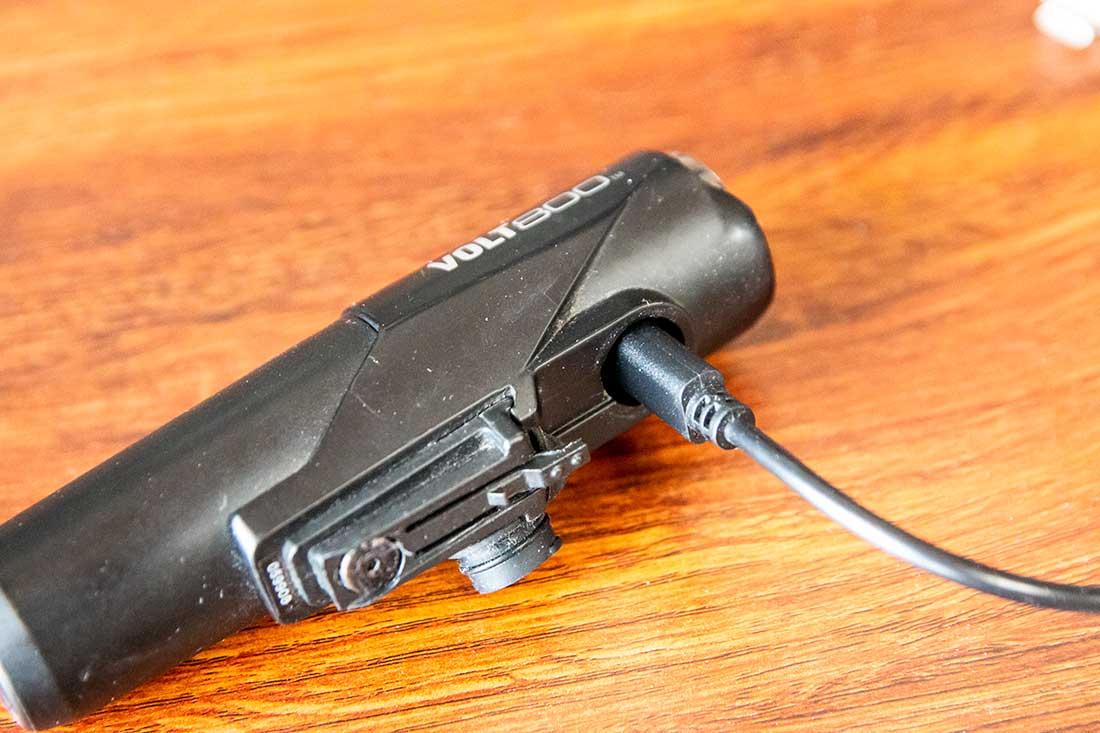 Micro-USB充電タイプのライト