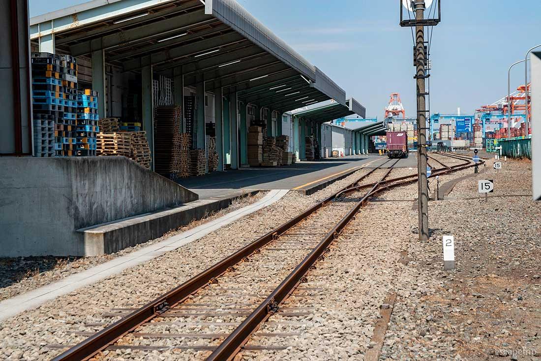 貨物列車の終点駅