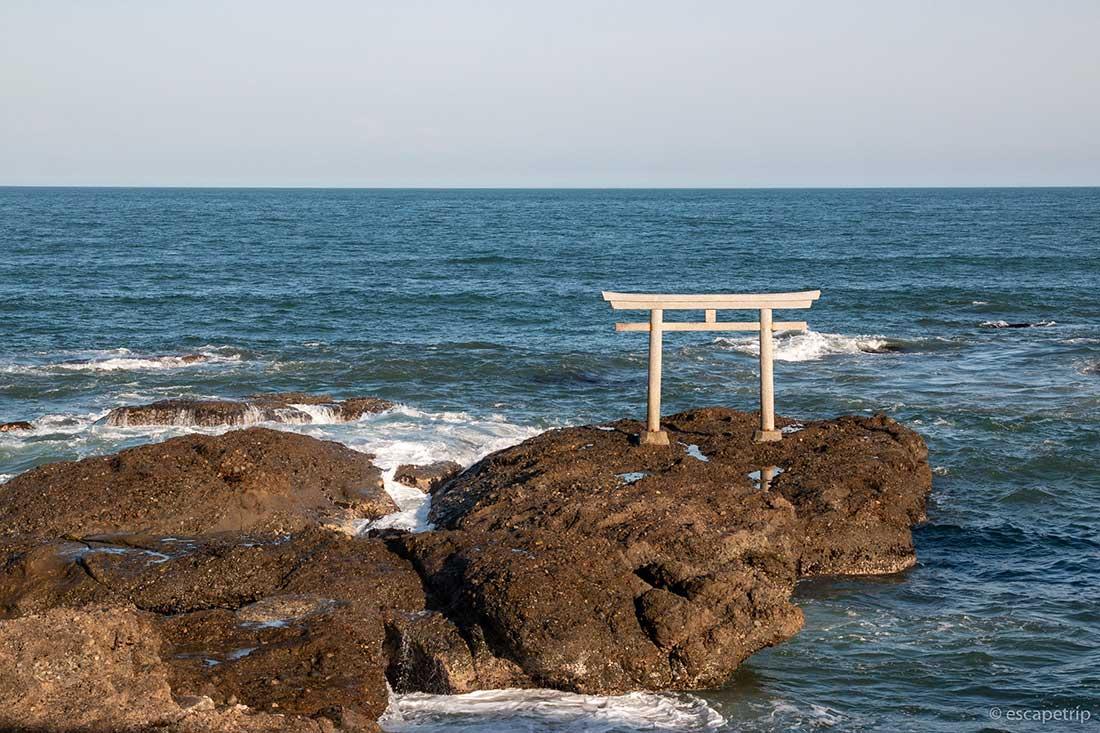 大洗磯前神社の海の鳥居
