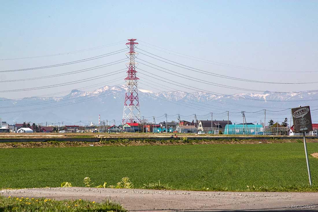 北海道の山と鉄塔
