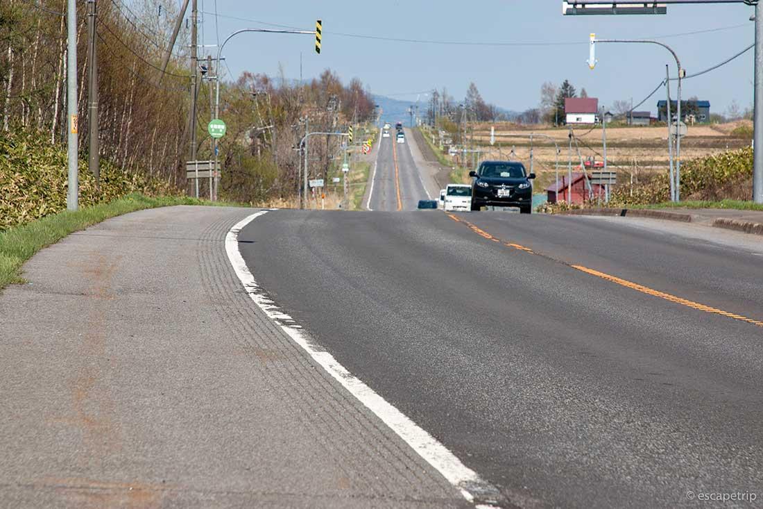 北海道の長い直線道路