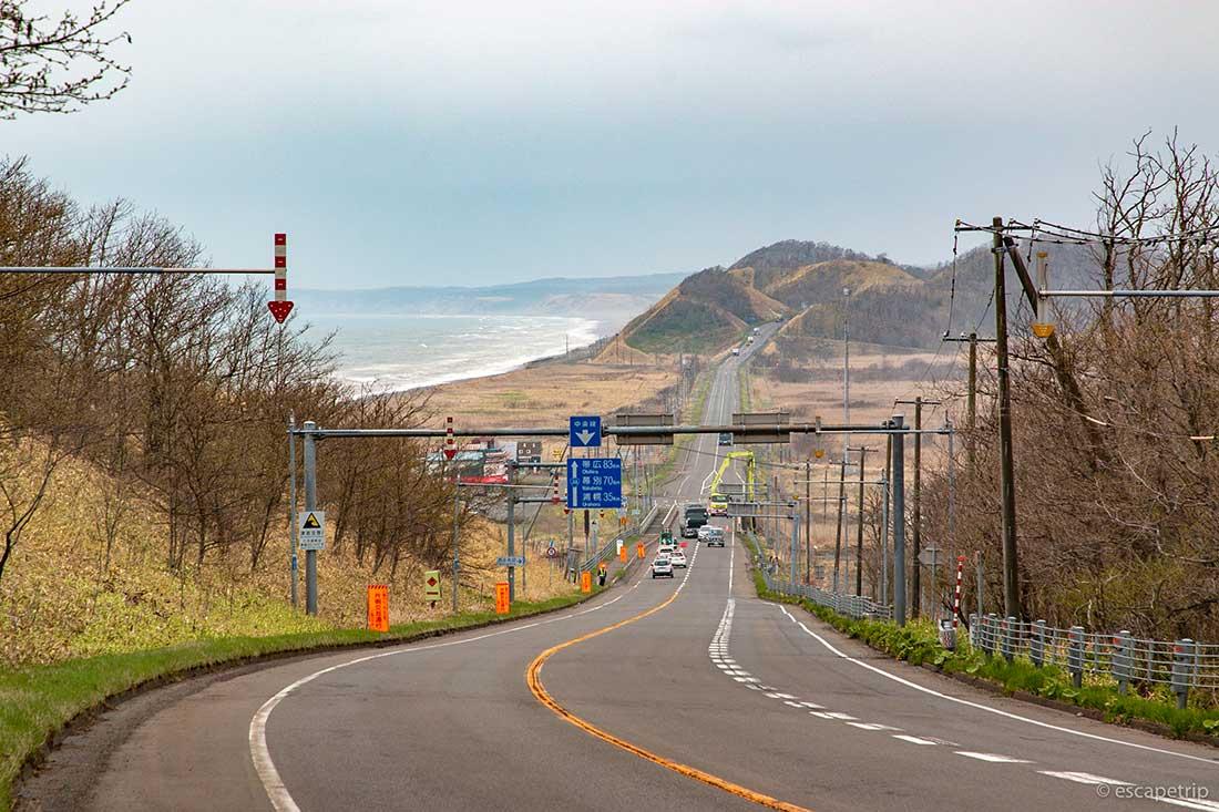 北海道の海辺の道路